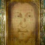 Image on the Veil of Manoppello (ElfQrin / Wikipedia)