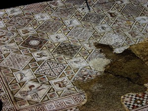 Mosaic floor in Church of Sts Cosmas and Damian (Michael Gunther / Wikimedia)
